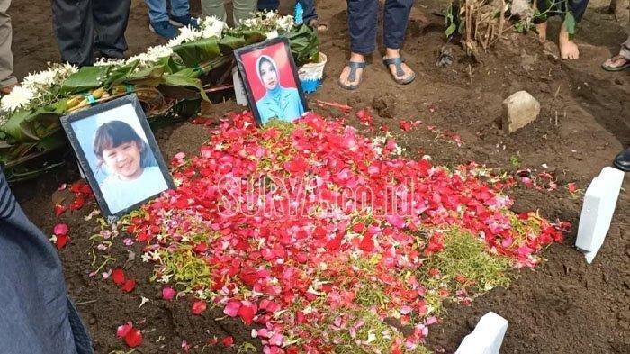 Jenazah Rahmania dan Putrinya Dimakamkan di Kediri, Ibunda Tak Kuasa Menahan Tangis