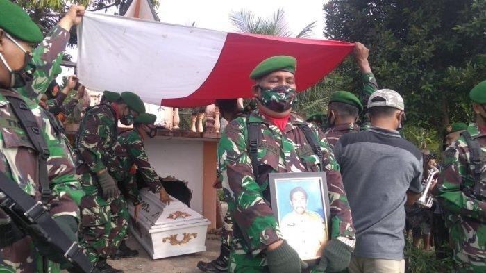 pemakaman korban kecelakaan simalungun 2