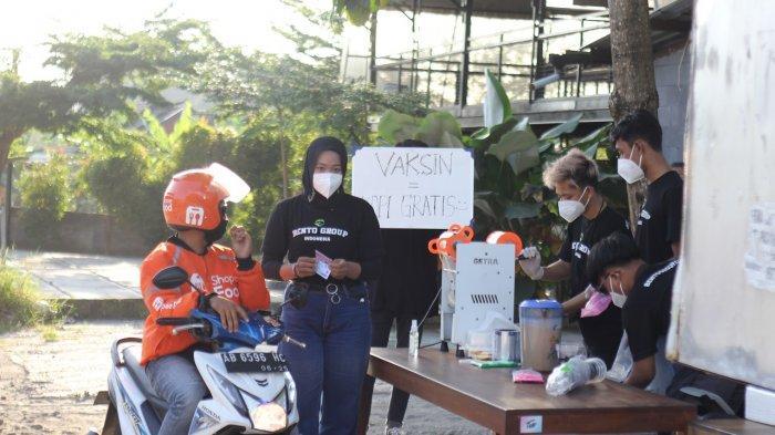 Dukung Vaksinasi, Kedai Kopi Ini Bagikan Minuman Gratis ke Warga yang Sudah Disuntik
