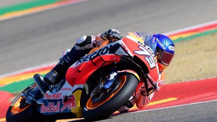 Pembalap Spanyol Tim Repsol Honda Alex Marquez mengendarai Moto Grand Prix Aragon di sirkuit Motorland di Alcaniz pada 18 Oktober 2020. JOSE JORDAN / AFP (JOSE JORDAN / AFP)