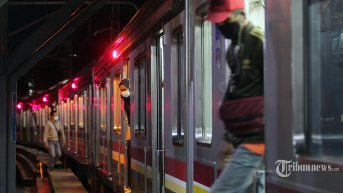 KAI Commuter Mencatat Jumlah Penumpang KRL Menurun 70 Persen Selama Penerapan PPKM