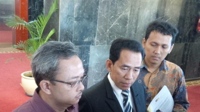 Tim Hukum Fahri Hamzah Tantang DPP PKS Berdebat di Pengadilan