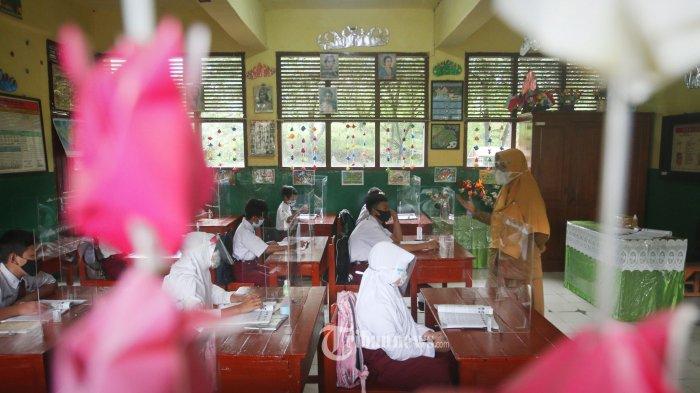 1.296 Sekolah Laporkan Klaster Penyebaran Covid Saat PTM, Paling Banyak Tingkat SD Capai 581 Sekolah