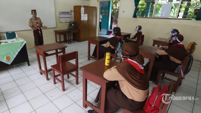 Jelang Pembelajaran Tatap Muka, Wakil Ketua DPR Minta Standar Protokol Kesehatan Disiapkan Maksimal