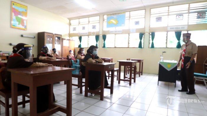 Relawan Desak Pemerintah Tunda PTM Hingga Tingkat Positivity Rate di Bawah 5 Persen