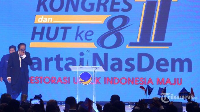 Ketua Umum Partai Nasdem Surya Paloh (kedua kiri) saat menghadiri Kongres II dan Hut ke-8 Partai Nasdem di Jakarta, Jumat (8/11/2019). Kongres II Partai Nasdem tersebut mengambil tema 'Restorasi Untuk Indonesia Maju'. TRIBUNNEWS/IRWAN RISMAWAN