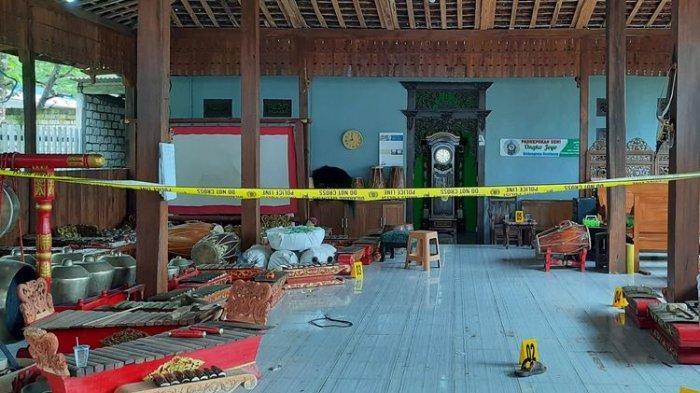 Satu Keluarga di Rembang Tewas, Ditemukan Tergeletak di Tempat Tidur, Diduga Dibunuh