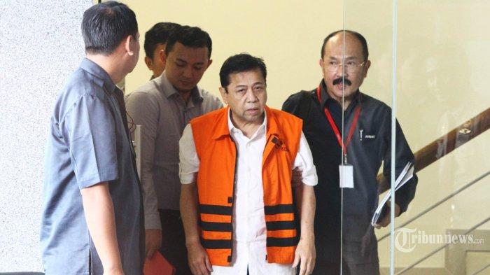 Tak Lepas Jabatan Ketum Golkar dan Ketua DPR, Setnov Dinilai Sulit Terima Kegetiran Hidup