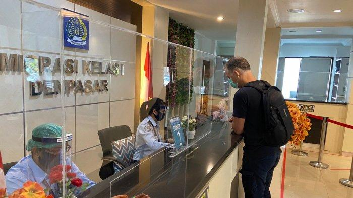 Menkumham Perluas Izin Masuk Orang Asing ke Indonesia