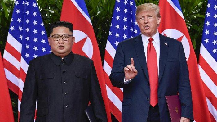 Pemimpin Korea Utara Kim Jong Un dan Presiden Amerika Serikat Donald Trump
