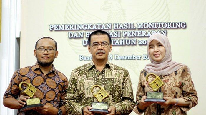 Pemkot Bogor Sabet Tiga Penghargaan Keterbukaan Informasi Publik
