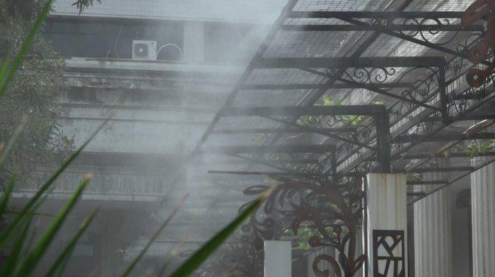 Hendi Tanam Padi di Halaman Balaikota Semarang
