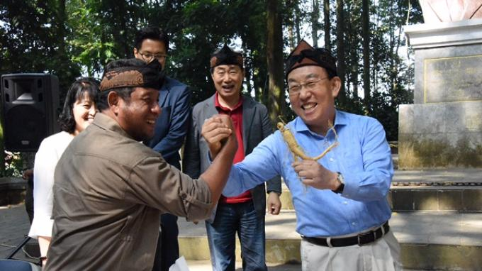 Kunjungi Tahura, Gubernur Gyeongsangbuk-Do: Saya Seperti Ada di Surganya Bumi!