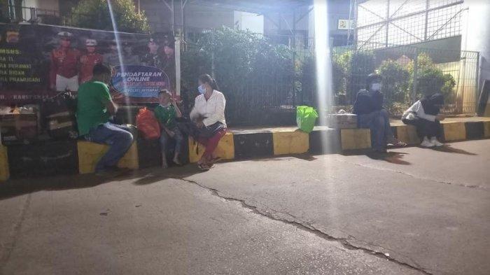 Nasib Warga Gagal Mudik Karena Penyekatan di Pelabuhan Merak: Mau Balik Malah Seperti Ini