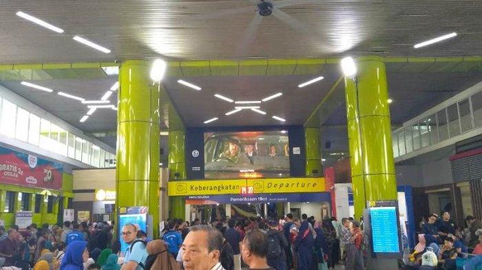 Lebih dari 23 Ribu Pemudik Tiba di Stasiun Senen Hari Ini