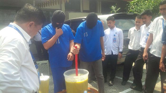 Pengangguran di Kampung Narkoba Punya Usaha Keripik Jengkol