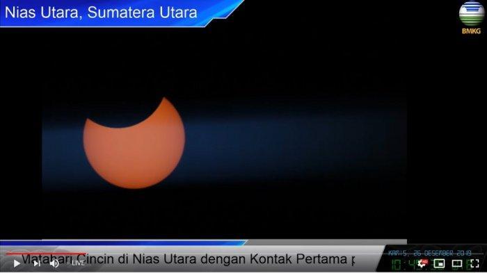 Penampakan gerhana matahari di Nias Utara