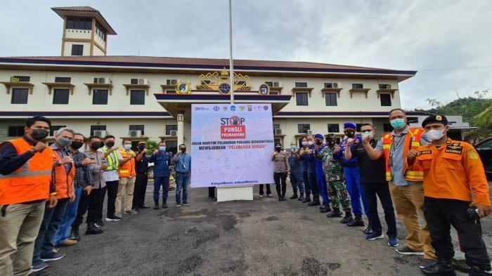 Insan Maritim Pelabuhan Panjang Berkomitmen Bebaskan Pelabuhan dari Pungli dan Premanisme
