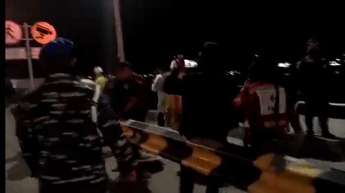 Detik-detik Evakuasi 6 Penumpang Selamat Kapal yang Tenggelam di Selat Sunda, 1 Orang Terluka Ringan