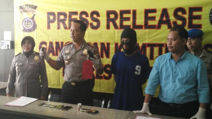 Sri Sultan: Salah Asuhan Orangtua, Anak Pintar Pada Akhirnya Bisa Menembak Orang
