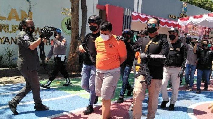 Pria di Surabaya Ini Nyaris Dihabisi Pacar Istrinya, Selamat karena Berpura-pura Mati
