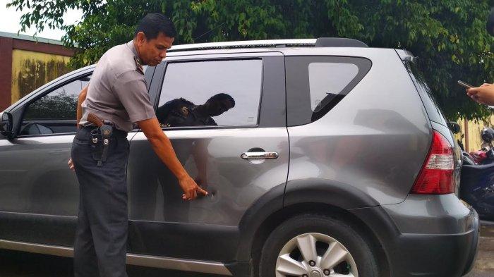 Mobil Kasubag Humas Polresta Samarinda Ditembak Orang Tidak Dikenal