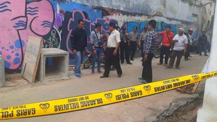 Warga Ngampilan Yogyakarta Digegerkan Temuan 119 Peluru Aktif di Saluran Air