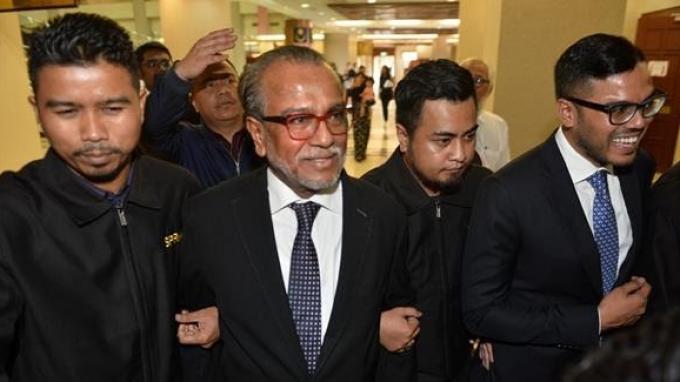 Setelah Najib Razak, Kini Pengacaranya Ditangkap dan Dituduh Lakukan Pencucian Uang