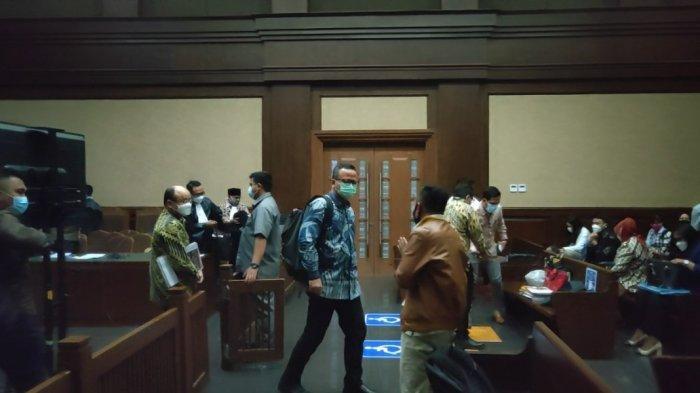 Jaksa Tanya Staf Khusus Edhy Prabowo Alasan 24 Perusahaan Tak Kunjung Ekspor Benur