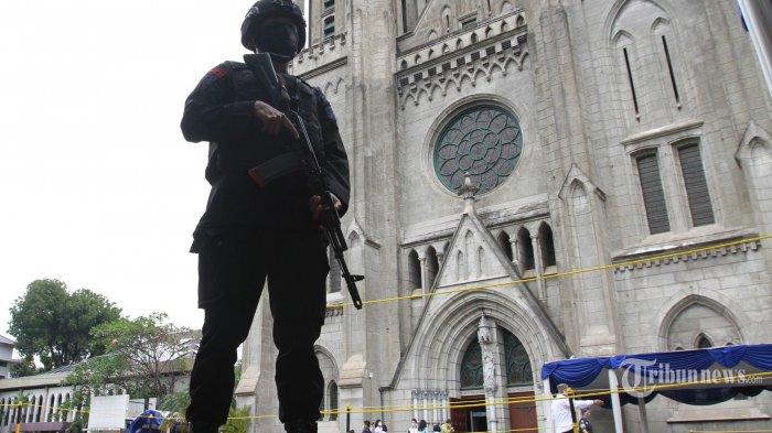Aparat Gabungan TNI-Polri Terjunkan 5.590 Personel Amankan 833 Gereja Selama Paskah