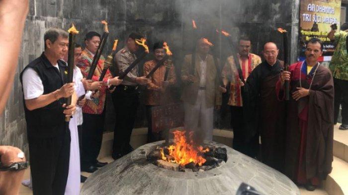 Lihat Lebih Dekat Wisata Api Abadi Mrapen di Grobogan, Simpan Kisah di Akhir Kerajaan Majapahit