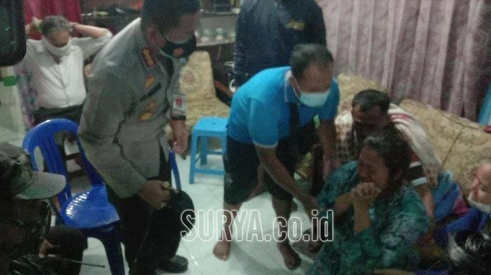 Suami Jadi Korban Longsor, Wanita Ini Berlutut & Menangis di Depan Wali Kota Malang: Suami Saya Pak