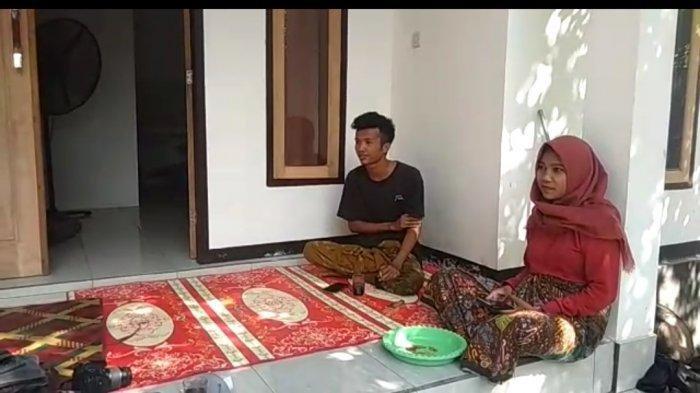 PENGANTIN VIRAL: Korik Akbar dan istrinya Nur Husnul Khotimah