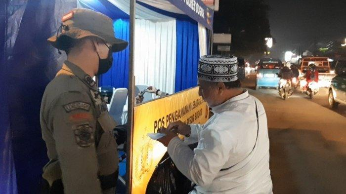 Pengendara Diimbau Menerapkan Protokol Kesehatan Itulah Seruan Operasi Ketupat di Parung Bogor