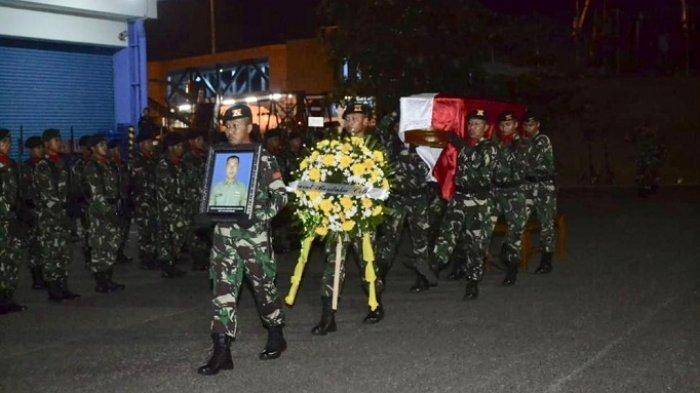Kodam Sriwijaya Gelar Upacara Penghormatan Militer Serda Rikson yang Gugur dalam Kerusuhan Deiyai