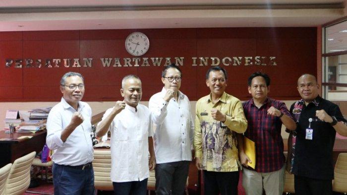 Pengurus PWI Pusat Teken Kerjasama dengan Pemprov Kalsel Gelar Hari Pers Nasional 2020