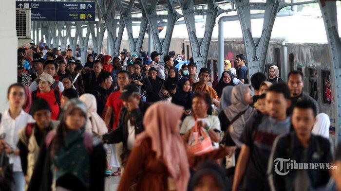 162.560 Pemudik Telah Kembali ke Jakarta Melalui Stasiun Pasar Senen