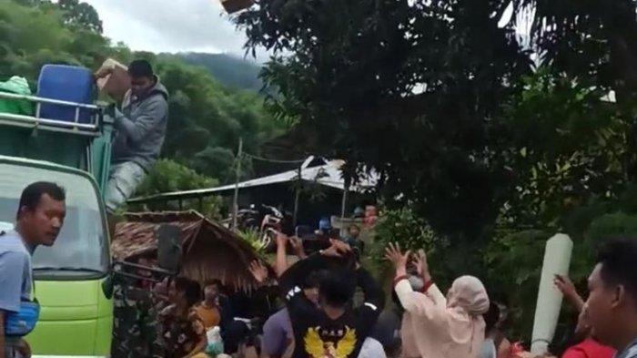 Antisipasi Penjarahan, Distribusi Bantuan Logistik untuk Korban Gempa Majene Dikawal Ketat Polisi