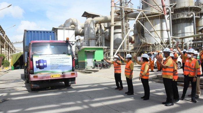 Petrokimia Gresik Kirim Perdana 7.000 Liter Green Surfactant ke KSO Pertamina EP di Jambi