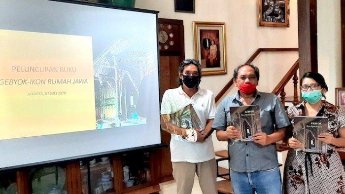 ''Gebyok, Ikon Rumah Jawa, Dapatkah Menjadi Warisan Budaya Tak Benda Indonesia dan Dunia?''