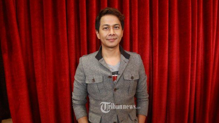 Delon Thamrin Kehilangan Job Nyanyi Karena Perpanjangan PPKM