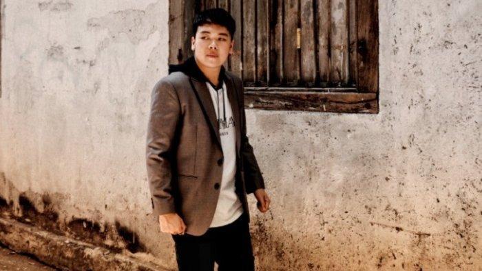 Capaian ''Pain'' Bikin Eldwen Wang Bersemangat Garap Single Kedua, Cover Art-nya Jadi Perhatian
