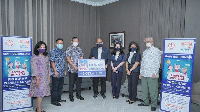 Lewat Yayasan Kanker Indonesia, Pelanggan Indomaret Bantu Pasien Kanker Rp 5 Miliar