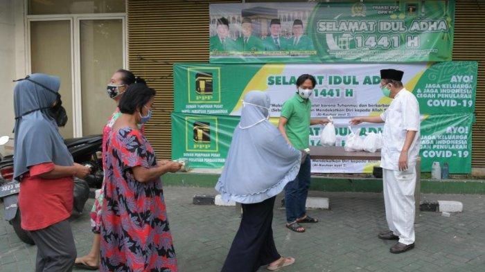 PPP Sumbang 14 Hewan Kurban ke Masjid dan Pesantren di Jabodetabek