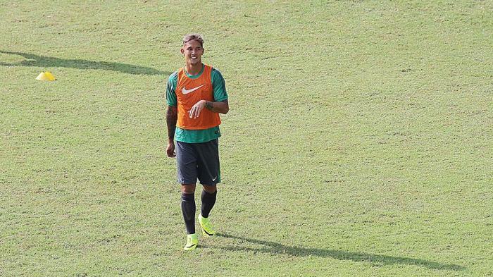 Popularitas Irfan Bachdim Kalahkan Wesley Sneijder dan Van Der Vaart