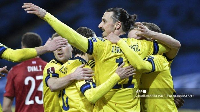 Striker AC Milan Bikin Ulah Lagi, Ibrahimovic Cekcok dengan Legenda Hoki Swedia Borje Salming