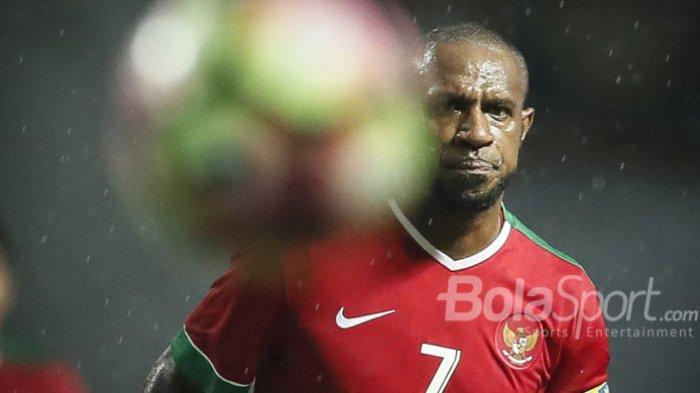 Penyerang Timnas Indonesia Boaz Solossa dalam laga melawan Timnas Suriah U-23 di Stadion Wibawa Mukti, Cikarang, Kab. Bekasi, pada Sabtu (18/11/2017).