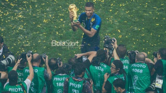 Didier Deschamps Puji Kecerdasan Kylian Mbappe di Lapangan