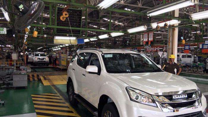 Berkunjung ke Pabrik Perakitan Isuzu mu-X di di Samrong, Thailand