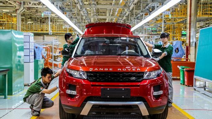 Kembangkan SIstem Infotainment di Mobil, Jaguar Land Rover Bikin Perjanjian Bisnis dengan BlackBerry